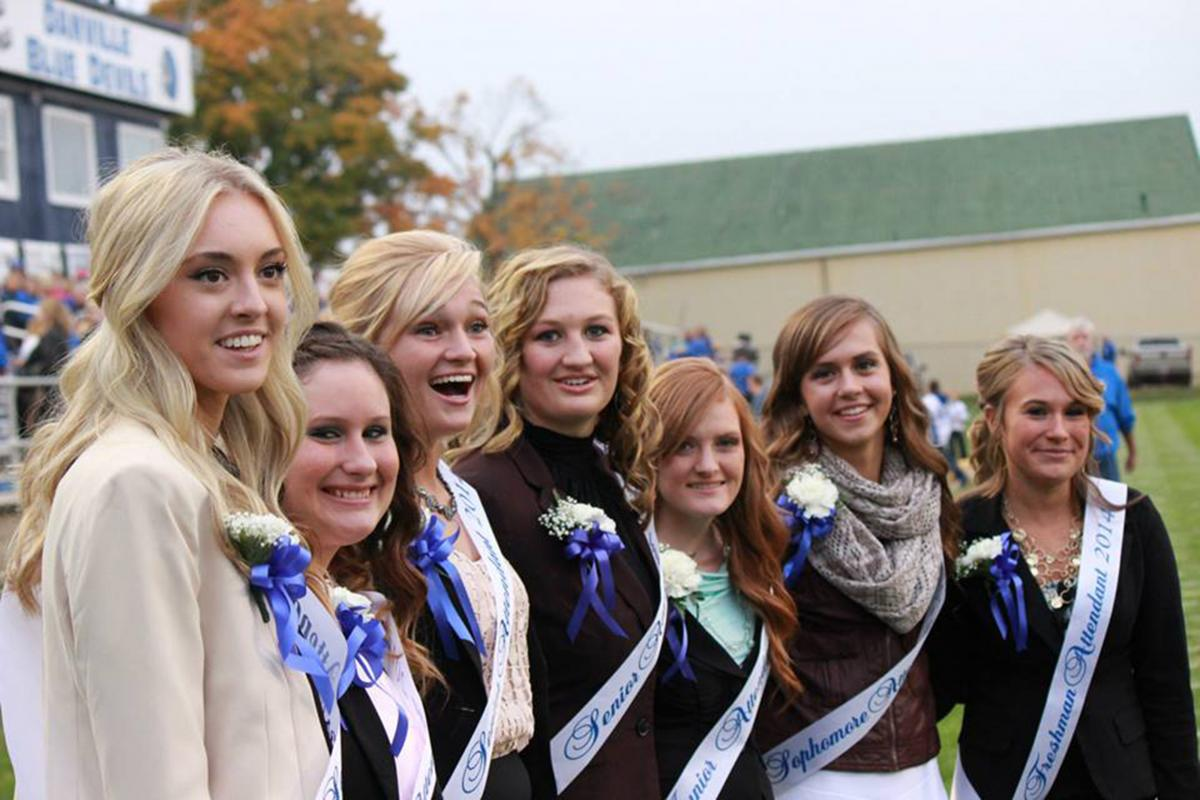 2014 homecoming court